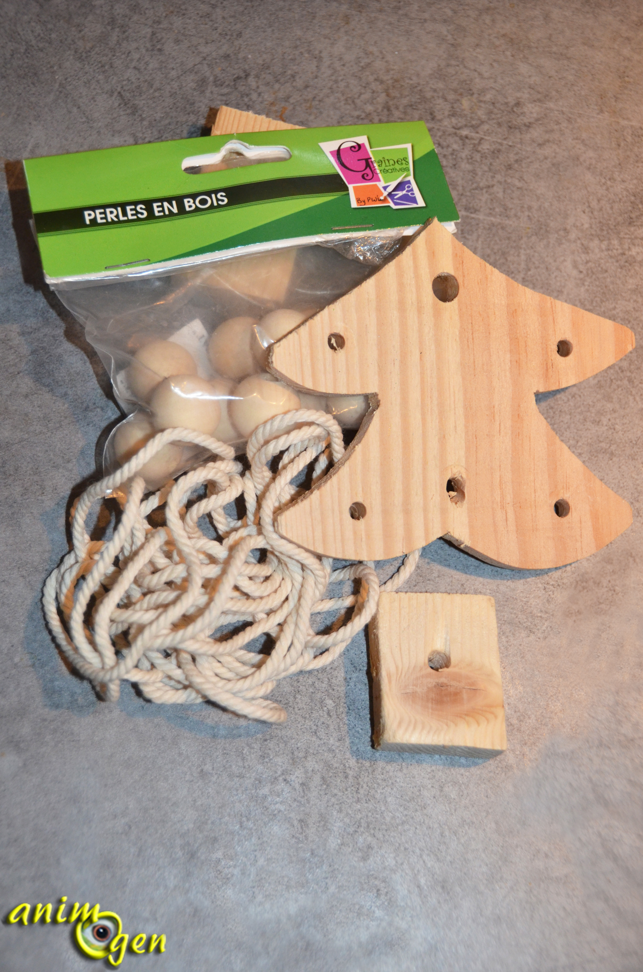 Jouet pour perroquet fabriquer un sapin de bois d cor for Fabriquer un miroir en bois