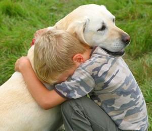 Comportement : les animaux de compagnie, une aide irremplaçable pour les enfants