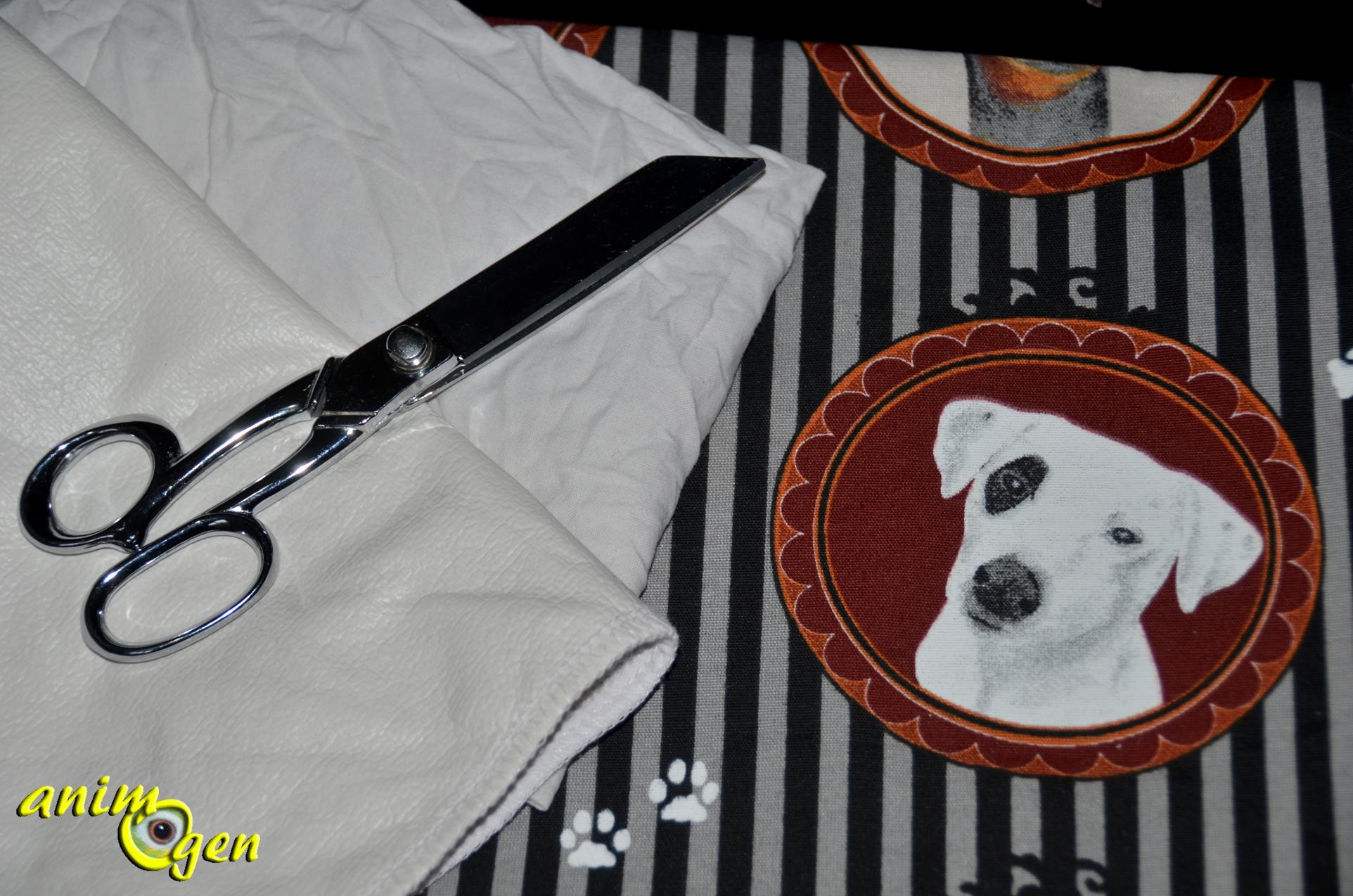 accessoire un coussin pour chiens et chats imperm able et conomique fabriquer soi m me. Black Bedroom Furniture Sets. Home Design Ideas